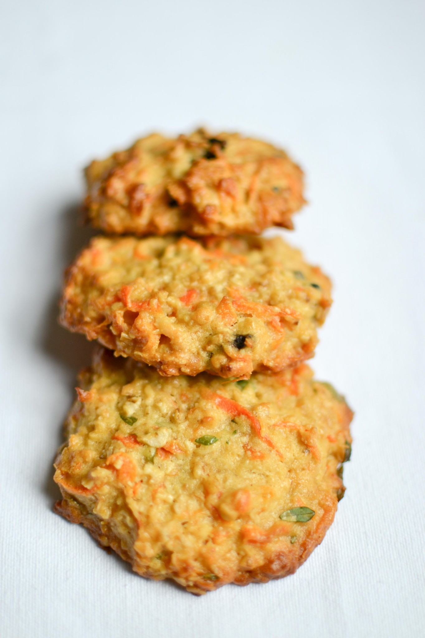 black garlic, carrot and thyme cookies