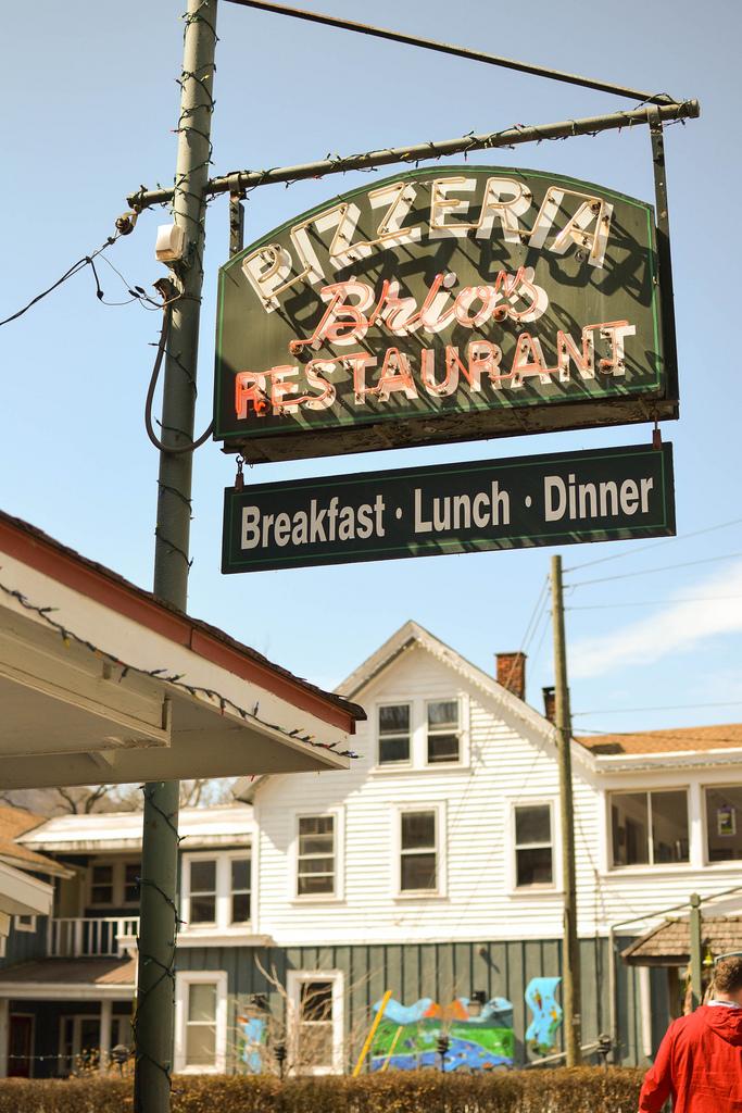 Brios Pizza, Catskills, Phoenicia