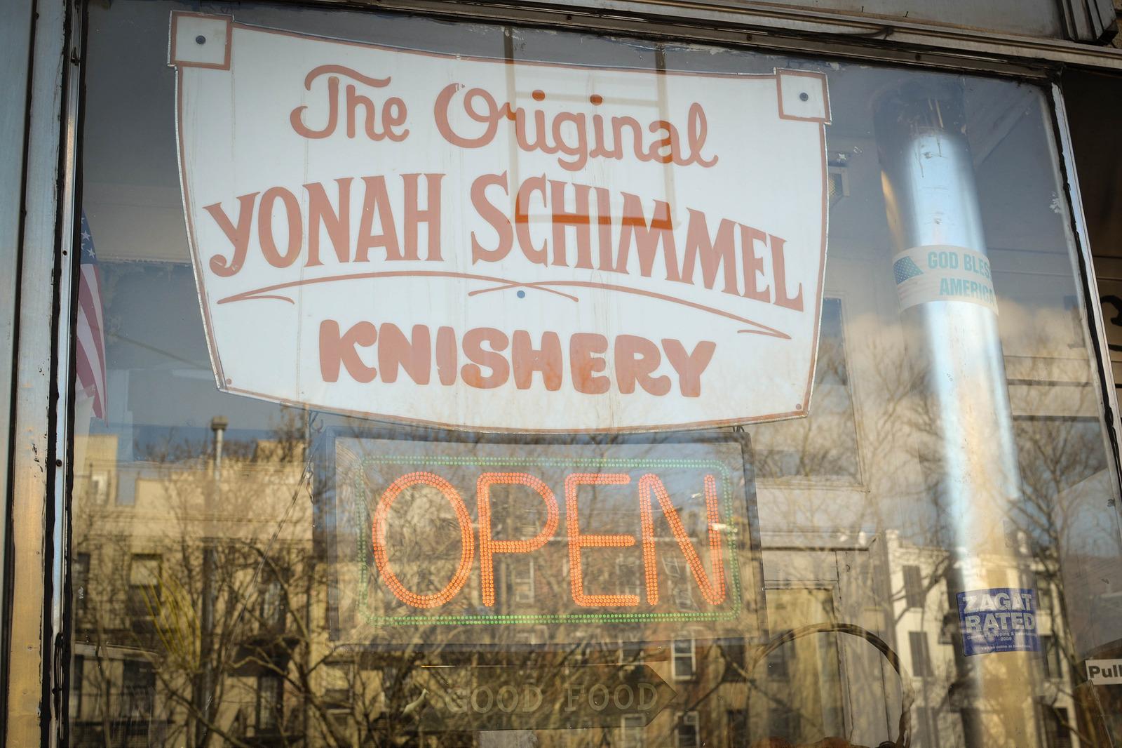Yonah Schimmel Knishery, New York