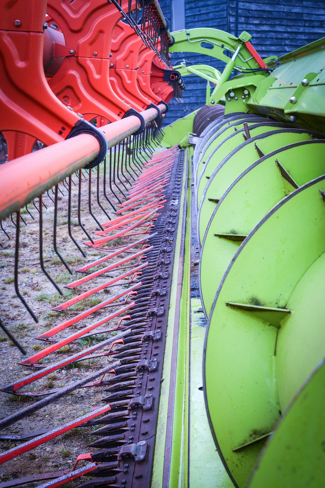 Front of combine harvester at Hillfarm Oils