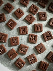scrabble, cookie, biscuit, urvashi roe